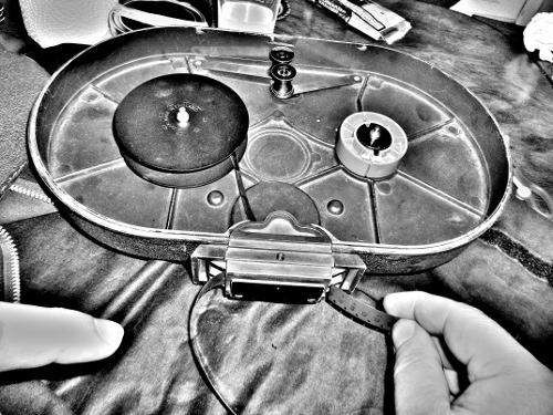 Arriflex16Mfilmladen1